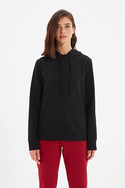 Siyah Kapüşonlu Basic Örme İnce Sweatshirt TWOAW20SW0059