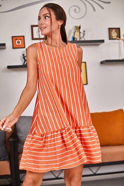 Kadın Turuncu Kolsuz Eteği Fırfırlı Çizgili Elbise ARM-19Y001101