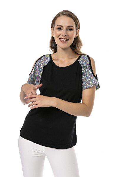 Omuz Pul Detaylı Siyah T-shirt