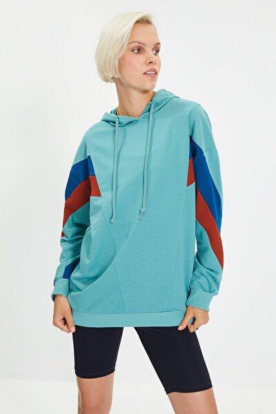 Yeşil Renk Bloklu Boyfriend Örme Sweatshirt  TWOAW20SW0075