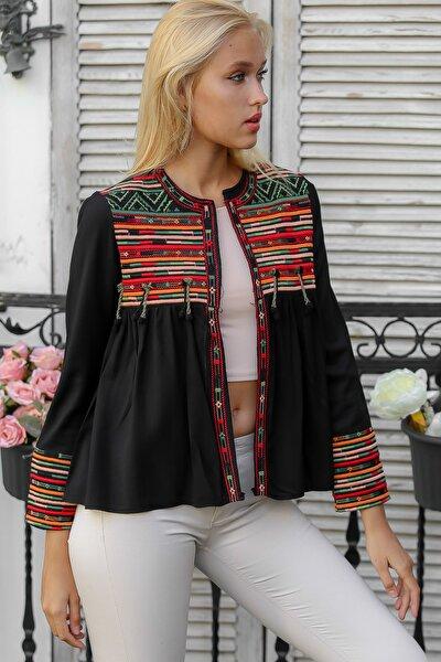 Kadın Siyah Robası Kol Ucu Tribal Nakışlı Ponpon Detaylı Dokuma Ceket M10210100CE98962