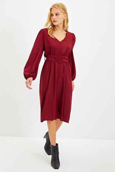 Bordo Kemerli Düğmeli Elbise TWOAW22EL0058