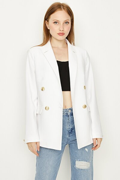 Kadın Beyaz Düğmeli Blazer Ceket