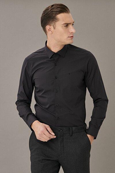 Erkek Siyah Tailored Slim Fit Klasik Yaka Gömlek
