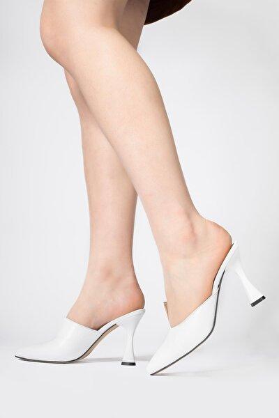 Kadın Beyaz Hakiki Deri Terlik Sivri Burun Önü Keskin Kesimli Ayakkabı