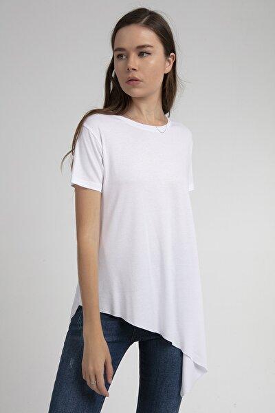 Kadın Beyaz Asimetrik Kesim Viskon Kısa Kollu Tişört P21s201-2201