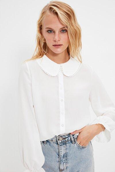Beyaz Yaka Detaylı Yarı Transparan Gömlek TWOAW21GO0717