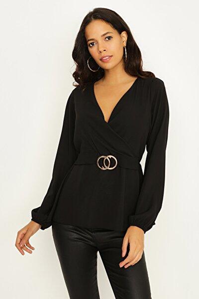 Kadın Siyah Kruvaze Yaka Beli Tokalı Bluz