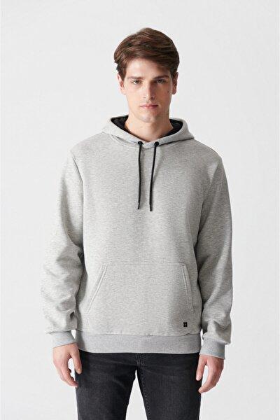 Erkek Gri Kapüşonlu Yaka Düz Sweatshirt E001018