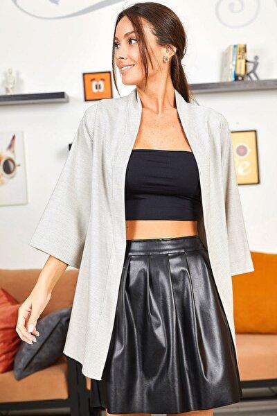 Kadın Krem Desenli Uzun Ceket ARM-21Y001052