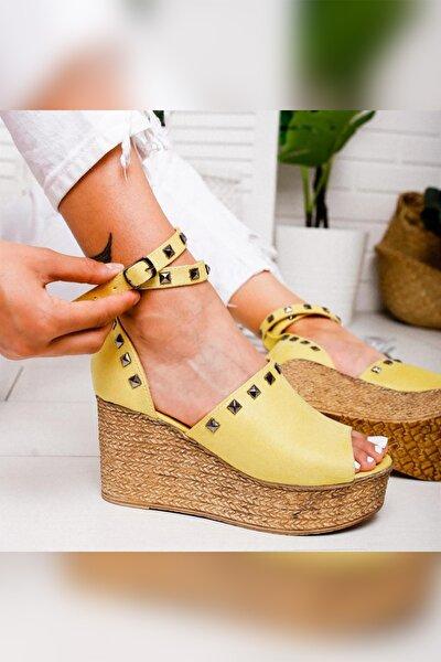 Phoebe Limon Süet Zımbalı Dolgu Topuklu Ayakkabı