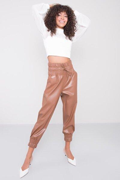 Kadın Taba Kemer Lastik Detaylı Suni Deri Pantolon