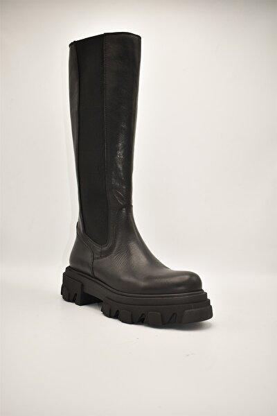 Kadın Siyah Deri Fermuarlı Çizme