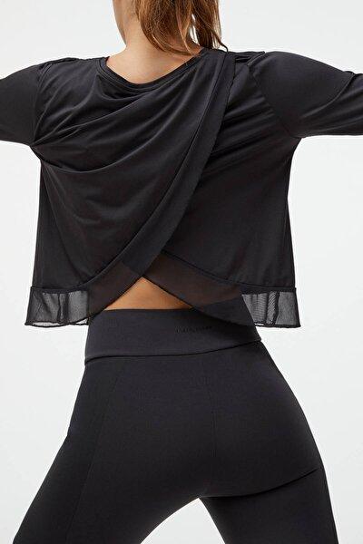 Kadın Siyah Uzun Kollu Fileli Teknik Tişört