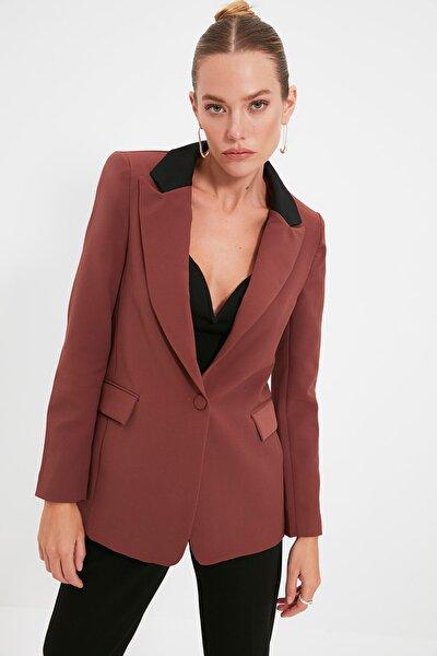 Kahverengi Cep Detaylı Blazer Ceket TWOAW20CE0185