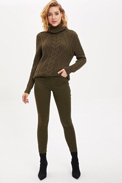 Kadın Yeşil Rebeca Fit Pantolon M4559AZ.19WN.GN575