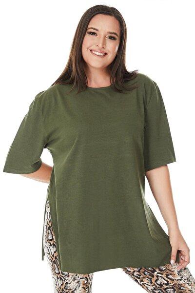 Büyük Beden Haki Yeşil Yırtmaçlı Basic T-shirt