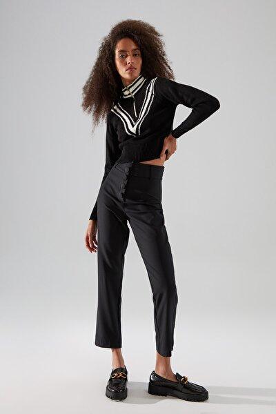Siyah Düğme Detaylı Cigarette Pantolon TWOSS19WX0086