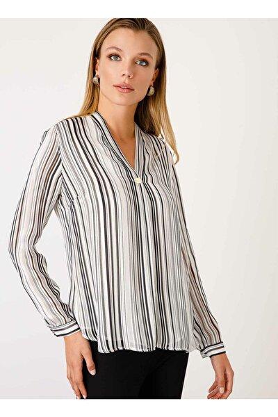Kadın Ekru V Yaka Çizgi Desenli Bluz