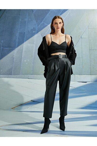 Deri Görünümlü Kemerli Yüksek Bel Pantolon
