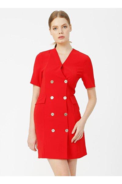 Kırmızı Düğme Detaylı Kadın Elbise