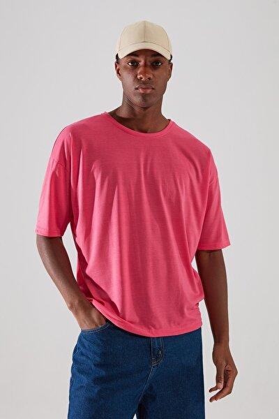 Fuşya Basic Erkek Bisiklet Yaka Oversize Kısa Kollu T-Shirt TMNSS21TS0811