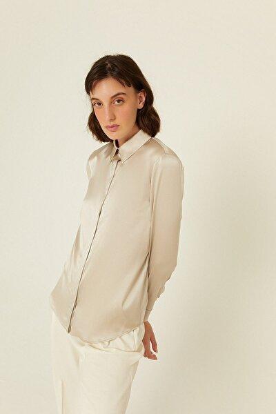 Taş Geniş Yakalı Ipek Gömlek