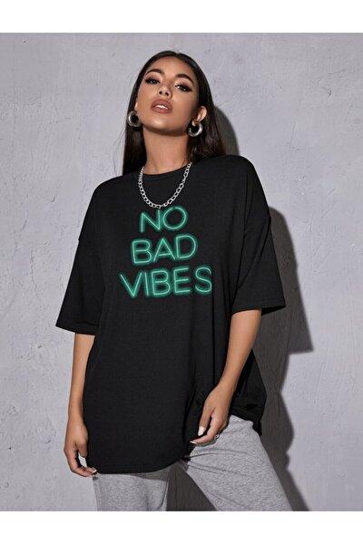 Kadın Siyah Neon Baskılı Tshirt