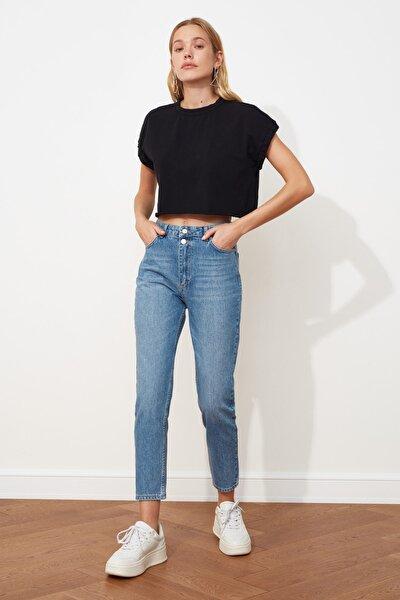 Mavi Çift Düğmeli Yüksek Bel Mom Jeans TWOSS21JE0153