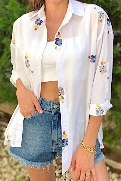 Kadın Beyaz Çiçek Nakış Işlemeli Pamuk Gömlek