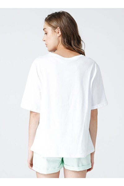 Bisiklet Yaka Beyaz Kadın T-shirt