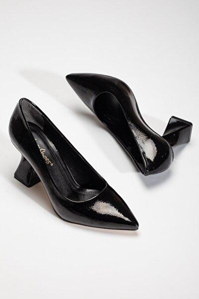 Kadın Stiletto Tarz Topuklu Ayakkabı Siyah