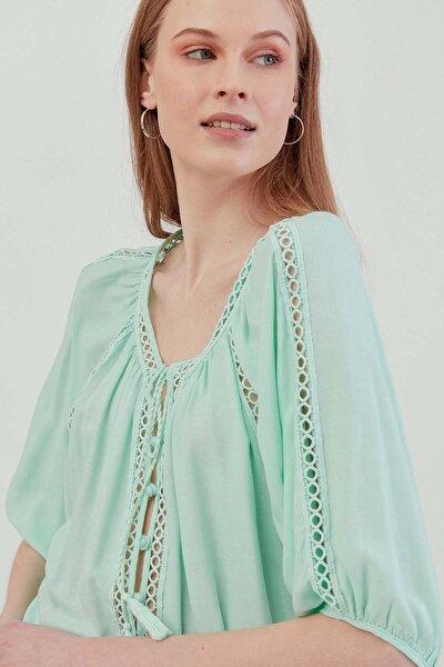 Kadın Mint Püskül Detaylı Truvakar Kol Otantik Bluz