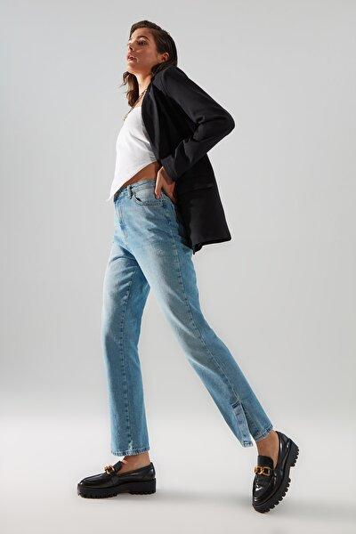 Açık Mavi %100 Organik Pamuk Yırtmaçlı Yüksek Bel Bootcut Jeans TWOAW22JE0561