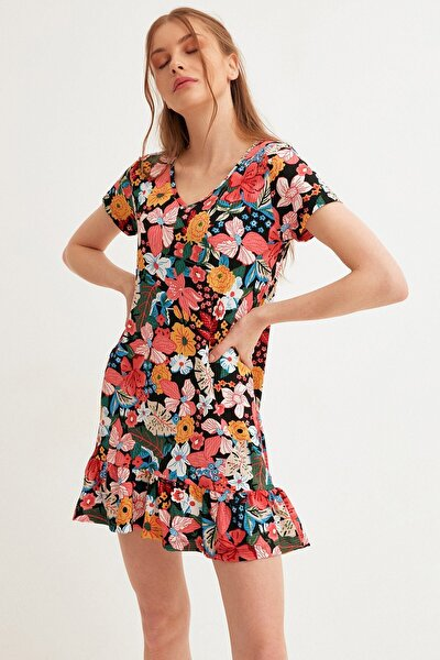 Çiçek Desenli Altı Fırfırlı Elbise