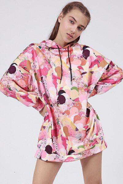 Kadın Somon Baskılı Oversize Kapşonlu Sweathirt Elbise P20W-4154