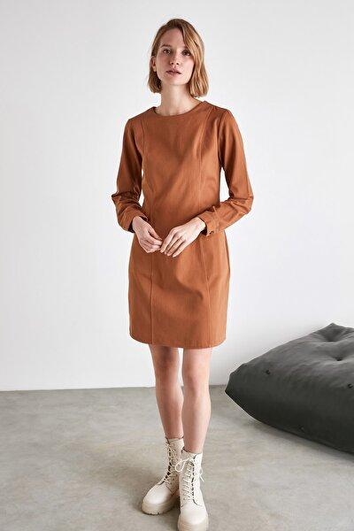 Camel Cep Detaylı Elbise TWOAW21EL2060