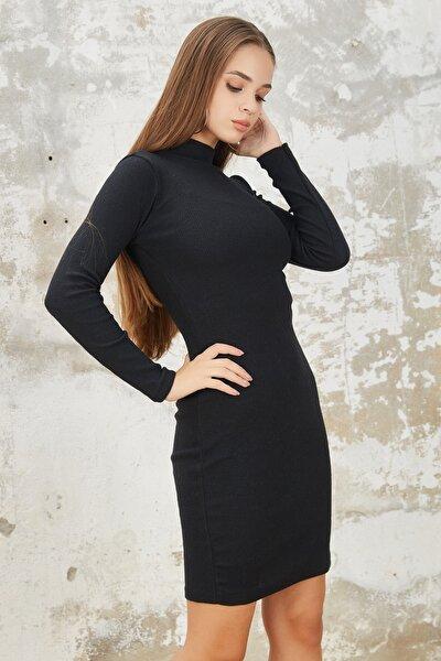 Kadın Dik Balıkçı Yaka Siyah Elbise