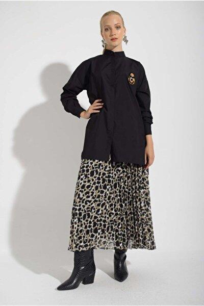 Kadın Yanları Yırtmaçlı ve Broşlu Gömlek 202834
