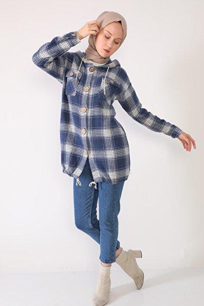 Kadın Mavi Kapüşonlu Oduncu Gömlek