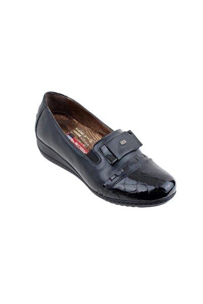 152187 Deri Ortopedi Bayan Ayakkabı