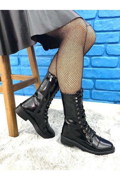 Kadın Siyah Bağcıklı Yandan Fermuarlı Çizme