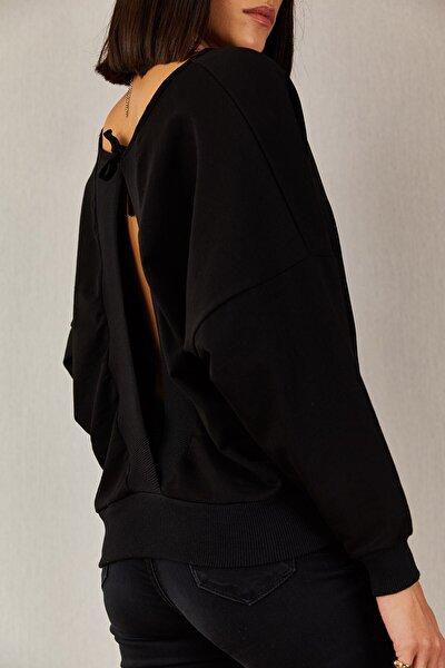 1441 Sırt Dekolteli Siyah Bluz-4d
