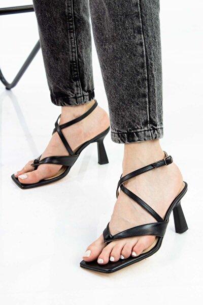Desa V Model Parmak Arası Kadın Sandalet Siyah