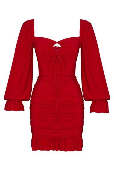 Önden Halkalı Kırmızı Drapeli Volanlı Uzun Kol Bodycone Abiye Elbise