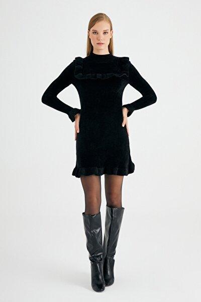 Siyah Kadife Kol Detaylı Elbise