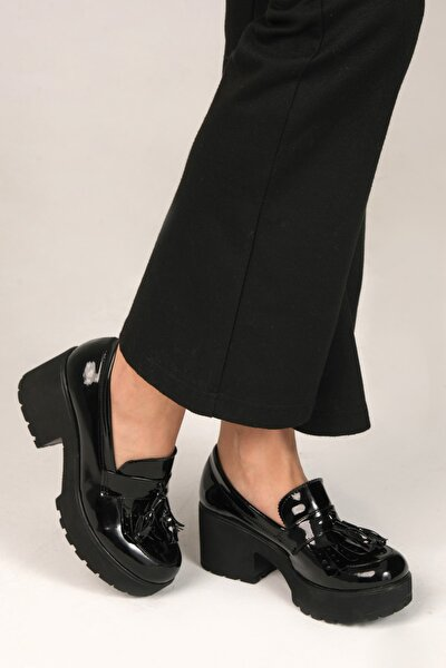 Siyah Rugan Kadın Loafer Ayakkabı