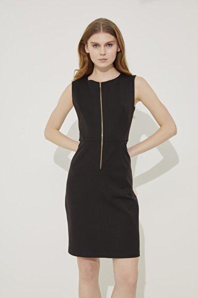 Kadın Siyah Önden Fermuarlı Elbise