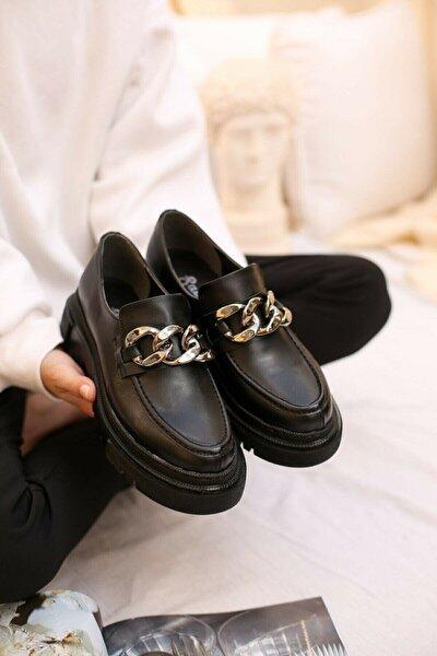 Kadın Siyah Zincirli Kalın Kabanlı Loafer Ayakkabı