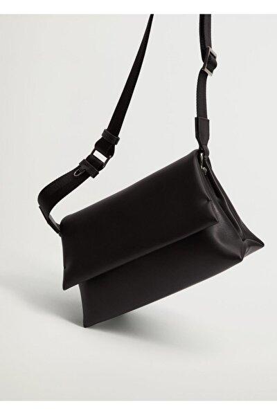 Kadın Siyah Kapaklı Çapraz Çanta